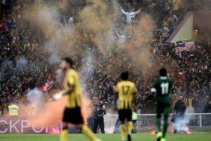 CĐV Việt Nam cần phòng tránh hiểm họa 'Ultras đen' ở Bukit Jalil