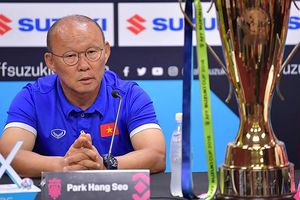 HLV Park tiết lộ điều đáng ngại trên sân Malaysia