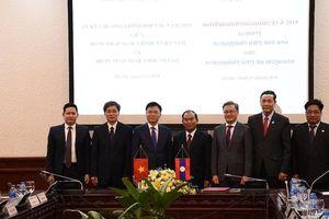 Thắt chặt hơn nữa mối quan hệ hữu nghị đặc biệt giữa 2 nước Việt – Lào