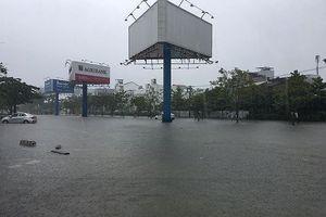 Vì sao mưa to gây ngập lụt diện rộng ở Nam Trung bộ vào tháng 12?