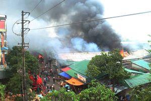 Bộ Công an phối hợp điều tra vụ cháy kho hàng 2.000m2 tại chợ Vinh