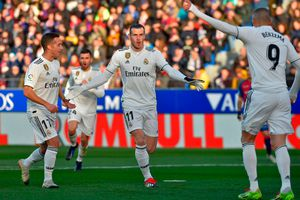 Bale chấm dứt 802 phút 'tịt ngòi', Real thắng chật vật