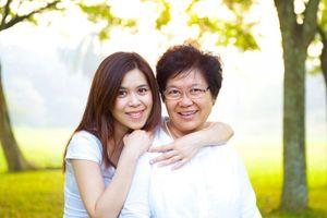 'Lo sợ bị lép vế vì bạn gái là đồng minh của mẹ tôi'