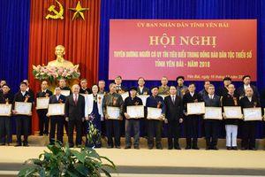 Yên Bái: Tuyên dương 120 đại biểu có uy tín trong đồng bào dân tộc