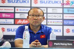 Phát biểu trước trận chung kết, HLV Park Hang Seo đã sẵn sàng cho trận đấu, tiền vệ Trọng Hoàng lo lắng về đối thủ
