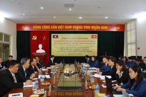 Việt Nam và Lào tăng cường hợp tác, đào tạo cán bộ tư pháp