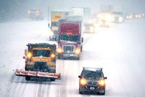 Bão tuyết làm đảo lộn cuộc sống ở Đông Nam nước Mỹ