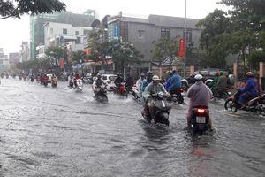Tiếp tục mưa khủng khiếp, Đà Nẵng ngập trở lại