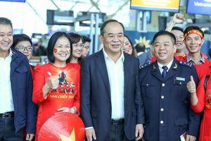 Chủ tịch VFF Lê Khánh Hải lên đường tới Malaysia 'tiếp lửa' cho Đội tuyển Quốc gia Việt Nam