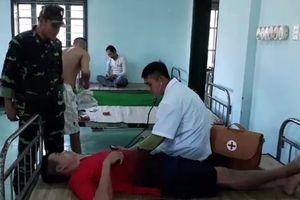 Cứu 9 thuyền viên gặp nạn trên vùng biển Quảng Trị