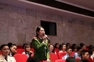 Sinh viên Việt Nam phải có hoài bão lớn, đóng góp thiết thực vào sự nghiệp xây dựng và bảo vệ Tổ quốc