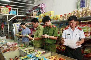 Lập 6 đoàn kiểm tra liên ngành về an toàn thực phẩm dịp tết Nguyên đán