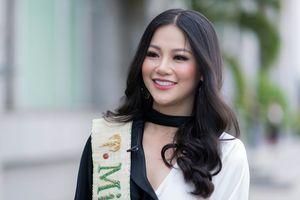 Những lùm xùm không ngớt của Hoa hậu Trái Đất Phương Khánh