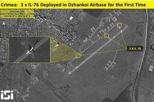 Nga triển khai máy bay cùng loạt xe bọc thép áp sát biên giới Ukraine