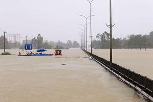 Ngập lụt kinh hoàng ở miền Trung