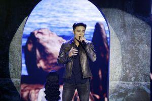 Tập 9 Solo Cùng Bolero: 'Soái ca' Henry Nguyễn khiến Phi Nhung đứng lên vỗ tay
