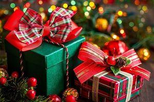 Giáng sinh nên tặng quà gì?