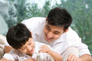 Cần dạy trẻ cách tiêu tiền khi trẻ bao nhiêu tuổi?
