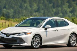 Ứng dụng vượt trội trên Toyota Camry 2019 vừa mở bán giá chỉ từ 800 triệu đồng