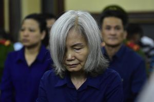 Bà 'trùm' ngân hàng Đông Á: Làm sai vì coi Trần Phương Bình như… anh trai!