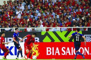 Đội tuyển Việt Nam thẳng tiến vào chung kết: Mở tiệc mừng ở sân Mỹ Đình
