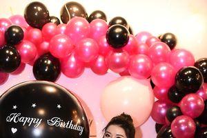 Huyền My đón sinh nhật sớm chào tuổi 24 bên gia đình, bạn bè