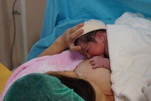 Trẻ sinh ra với cân nặng không nhỏ hơn con số này, mẹ yên tâm