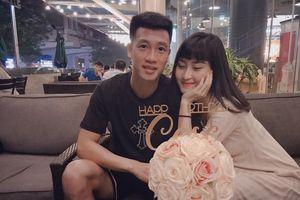 Nhan sắc nóng bỏng của bạn gái Huy Hùng, cầu thủ ghi bàn mở màn trận chung kết AFF Cup