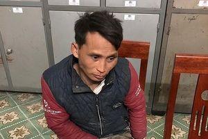 Mang 400 viên ma túy tổng hợp, nam thanh niên rút dao chống trả khi bị phát hiện