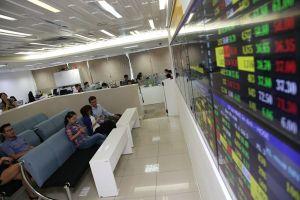 VN-Index vượt qua vùng tích lũy