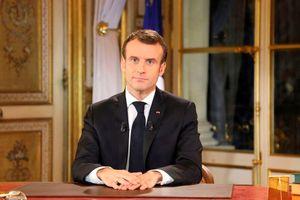 Phát biểu tại phòng dát vàng, TT Macron khó xoa dịu biểu tình Pháp