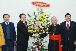 Ủy ban TƯ MTTQ Việt Nam chúc mừng Giáng sinh 2018