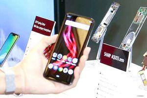 Sharp giới thiệu smartphone AQUOS Zero nhẹ nhất thế giới
