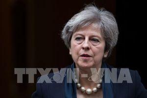 Cú 'bẻ lái' bất ngờ của Thủ tướng Anh Theresa May