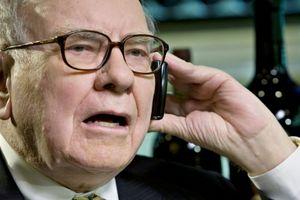 Cuộc gọi lúc đêm khuya của tỷ phú Warren Buffett đã cứu nền kinh tế Mỹ như thế nào?