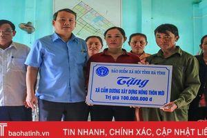BHXH Hà Tĩnh hỗ trợ Cẩm Dương 100 triệu đồng xây dựng nông thôn mới