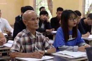 Cụ sinh viên già nhất nước: 'Học là niềm khát khao cháy bỏng của tôi'