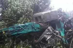 Sơn La: Xe tải lao xuống vực, 4 người thương vong
