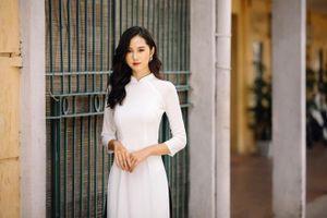 Ngất ngây với vẻ đẹp của ứng cử viên sáng giá cho Hoa khôi sinh viên