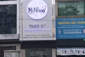 TP HCM: 9 cơ sở thẩm mỹ, dược phẩm buộc tháo dỡ biển quảng cáo vì vi phạm