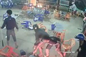 Khẩn trương điều tra hai nhóm thanh niên ẩu đả tại quán ăn đêm