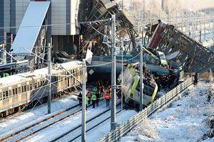 Thổ Nhĩ Kỳ: Tàu cao tốc va chạm tàu hỏa, 7 người chết, 46 người bị thương