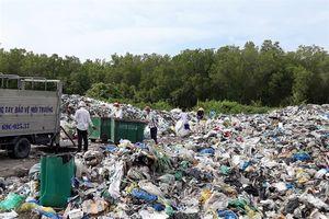 Nhà máy rác không hoạt động, Cà Mau rối bời, dân bức xúc