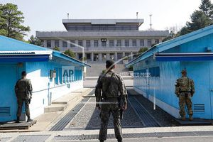 Hai miền Triều Tiên dỡ bỏ các chốt canh gác