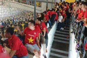 LĐBĐ Malaysia nói gì khi NHM Việt Nam không thể vào sân Butkit Jalil