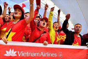 Tăng cường 3.700 chỗ chặng TP.HCM - Hà Nội phục vụ cổ động viên bóng đá