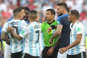 Trọng tài hay nhất World Cup sẽ bắt trận chung kết lượt về AFF Cup 2018