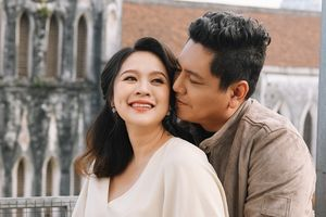 Diễn viên Thanh Thúy rạng rỡ khoe bụng bầu 7 tháng