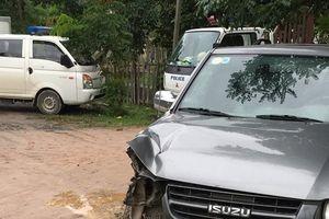 Truy bắt đối tượng chở gỗ lậu lao xe tấn công kiểm lâm