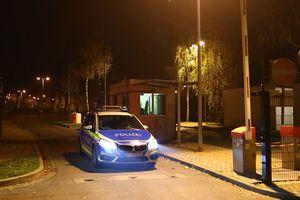 Đức: Người di cư tấn công cảnh sát, thiêu hủy trung tâm tị nạn
